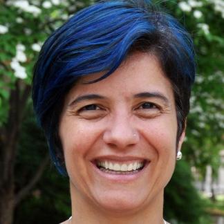 Dr. Mónica Medina
